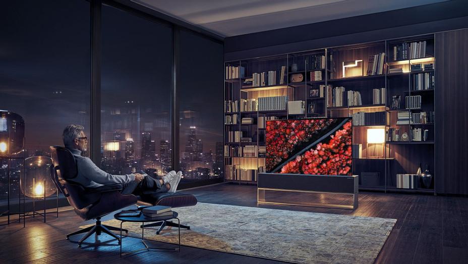 LG OLED TV R-Publicity-H 2019.