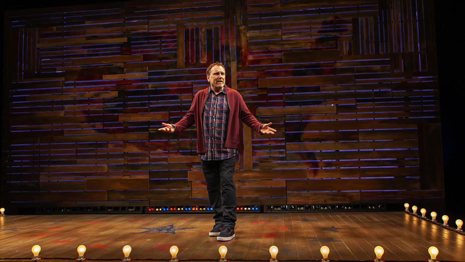 Colin Quinn: Red State Blue State Production Still - Publicity - H 2019