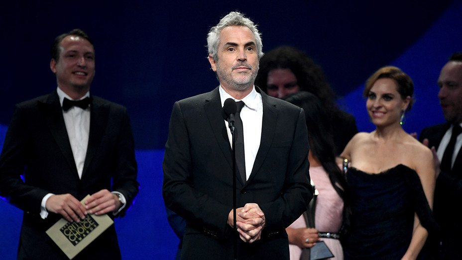Alfonso Cuaron - Critics' Choice Awards - H Getty 2019