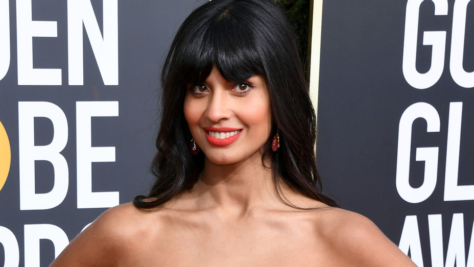 Jameela Jamil attends the 76th Annual Golden Globe Awards - Getty-H 2019