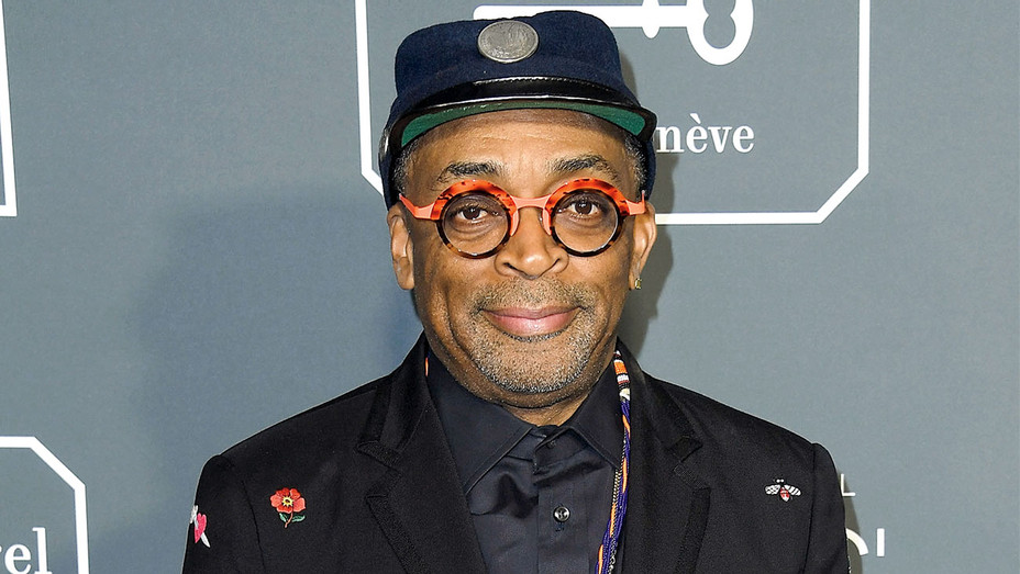 Spike Lee arrives at the The 24th Annual Critics' Choice Awards - Getty-H 2019