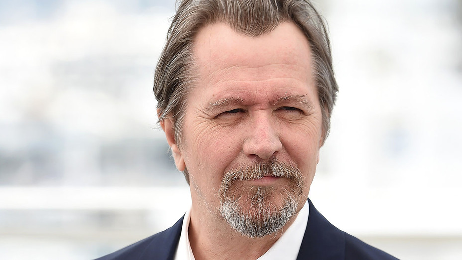 Gary Oldman attends Photocall during the 71st annual Cannes Film Festival - Getty-H 2019