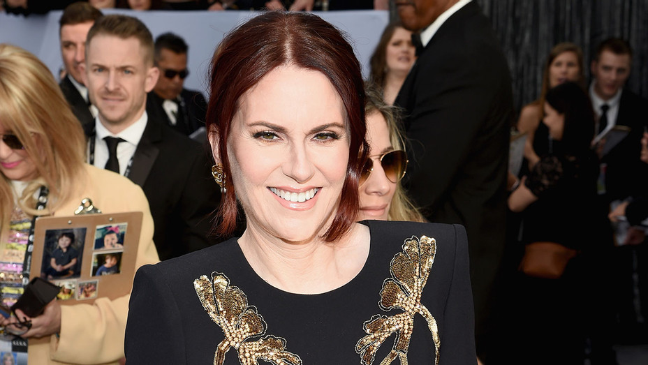 Megan Mullally attends the 25th Annual Screen ActorsGuild Awards - Getty - H 2018