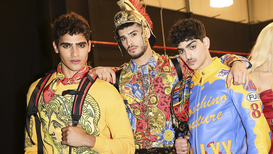 MOSCHINO MENS AND WOMENS PRE-COLL FW 19-20 - Publicity - H 2019