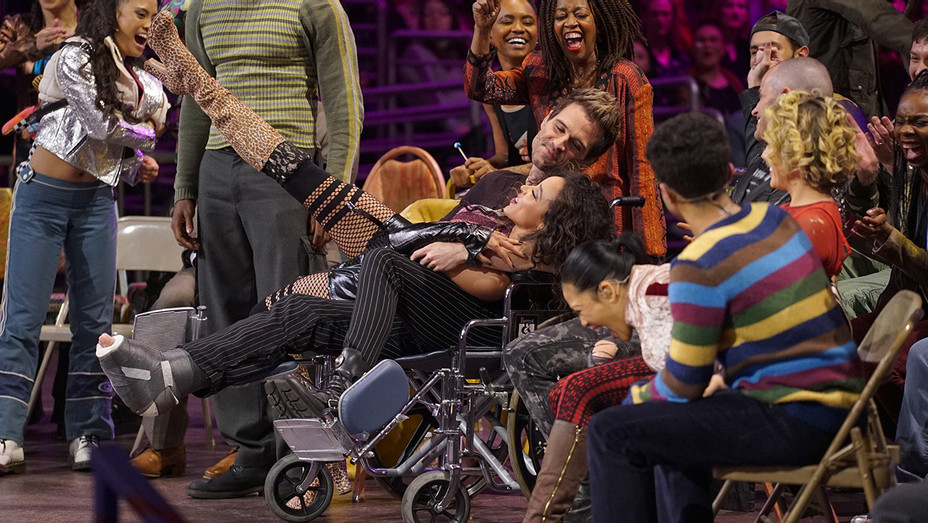 Rent Live Brennin Hunt wheelchair - Publicity - H 2019