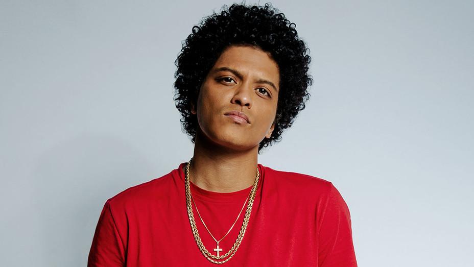 Bruno Mars-Publicity-H 2019