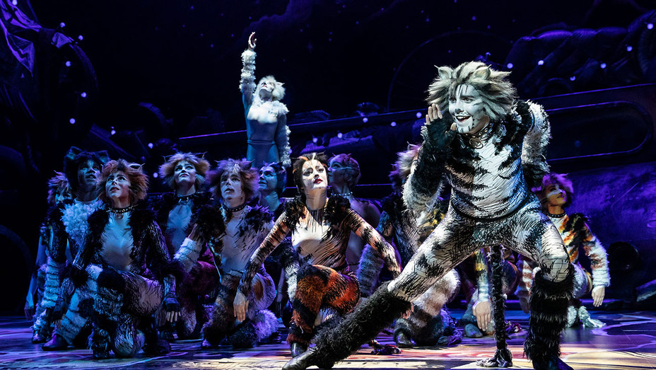 Cats Production Still 2 - The North American Tour Company - Publicity-H 2019