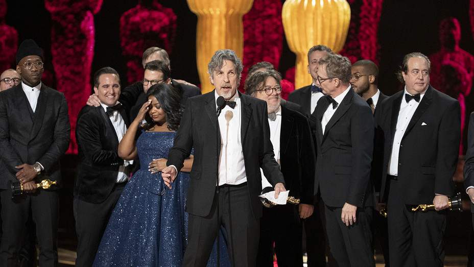Best Picture Green Book Oscars_Onstage_3 - Publicity - H 2019