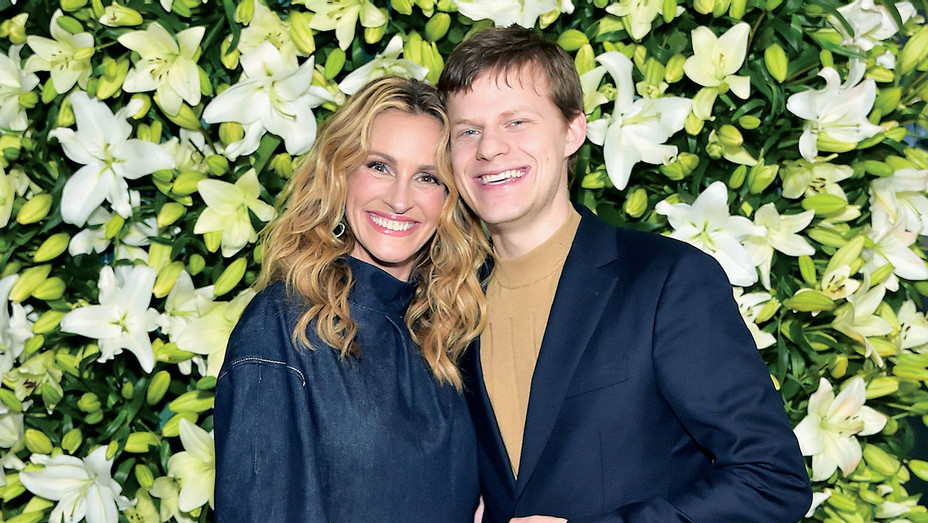 Julia Roberts and Lucas Hedges - Getty - H 2019