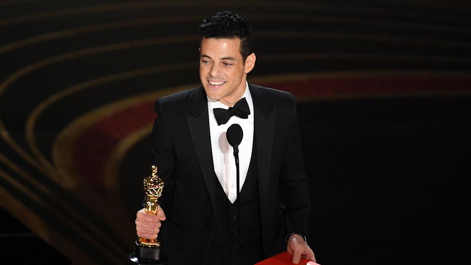 Rami Malek_Onstage Oscars - Getty - H 2019