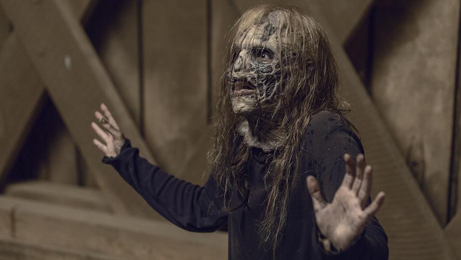 The Walking Dead S09E09 Still 3 - Publicity - H 2019