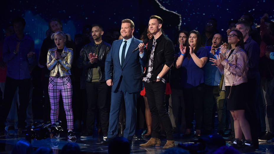 THE WORLD'S BEST - Feb. 6 -  CBS Television Network - Publicity - H 2019