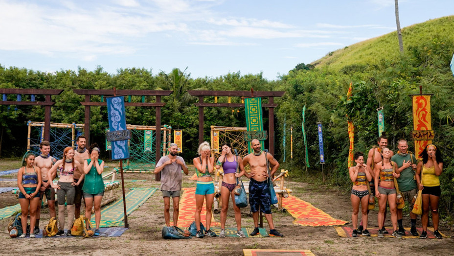 SURVIVOR Edge of Extinction - Its Like the Worst Cocktail Party Ever Still 1 - Publicity -H 2019
