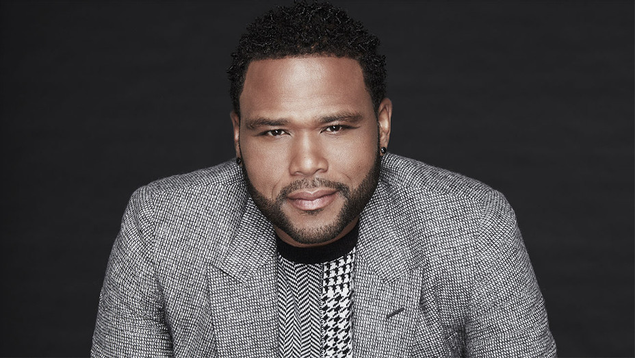 Anthony Anderson - Headshot - Dennis Leupold Publicity -H 2019