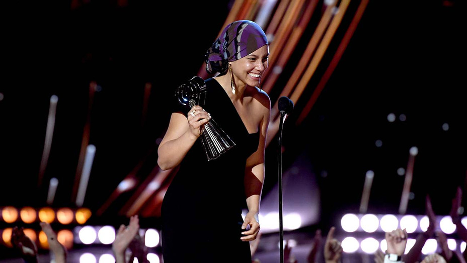 Alicia Keys accepts the iHeartRadio Innovator Award on stage at the 2019 iHeartRadio Music Awards-Getty-H 2019