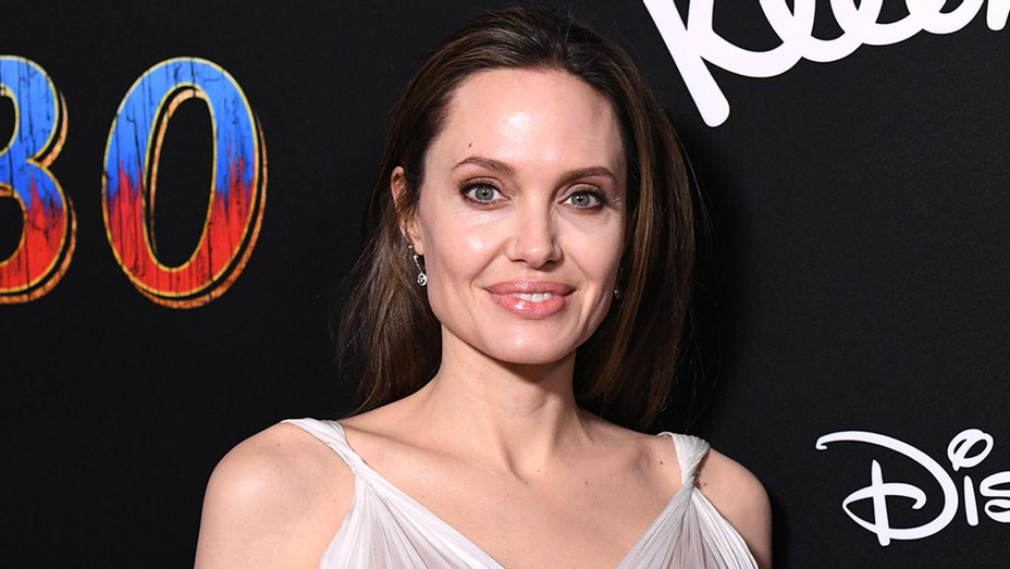 Angelina Jolie attends the premiere of Disney's 'Dumbo' -Getty-H 2019