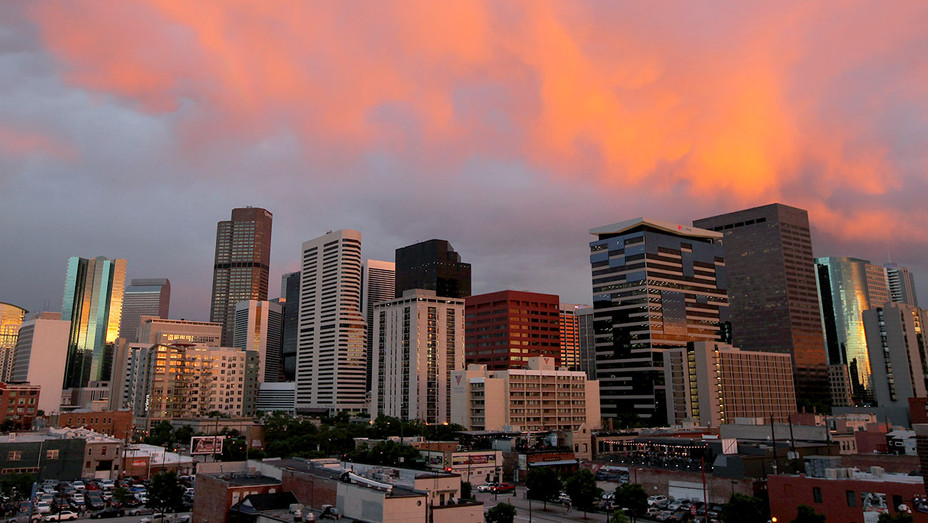 Denver downtown Skyline - Getty-H 2019