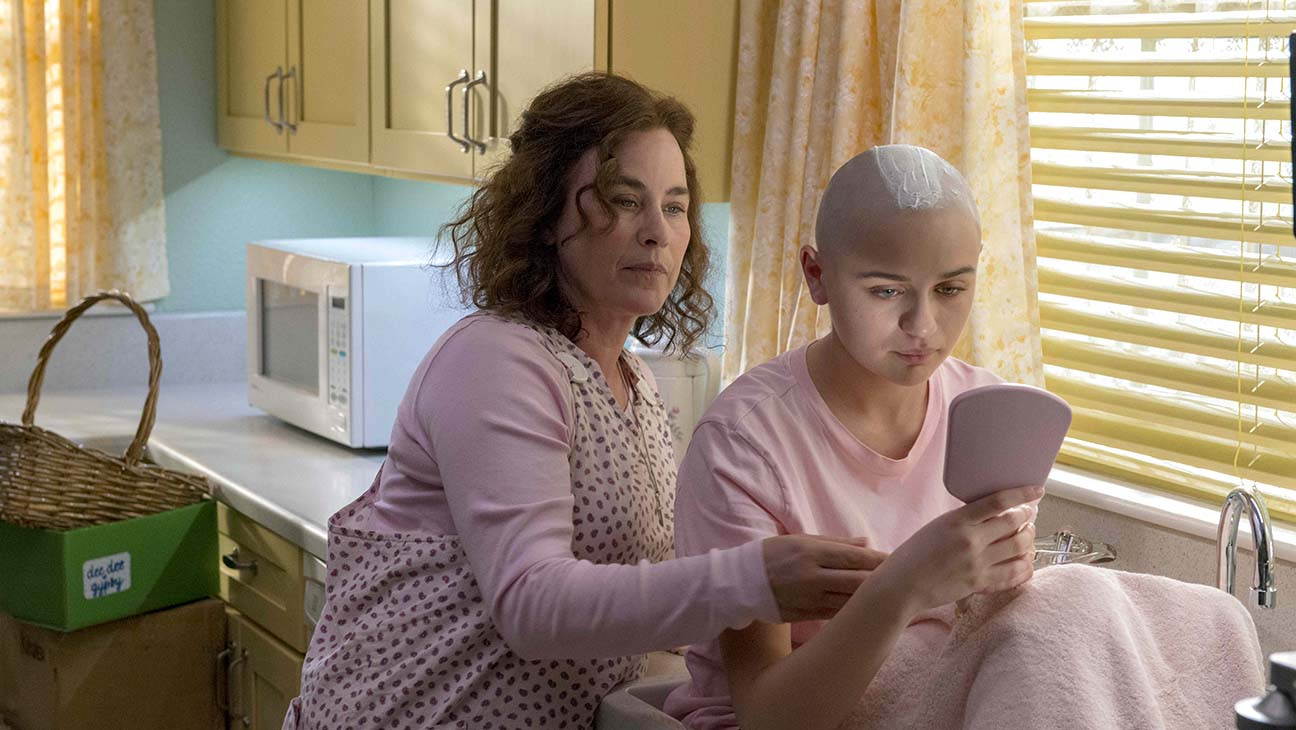 Hulu's 'The Act': AnnaSophia Robb on Working With Patricia Arquette