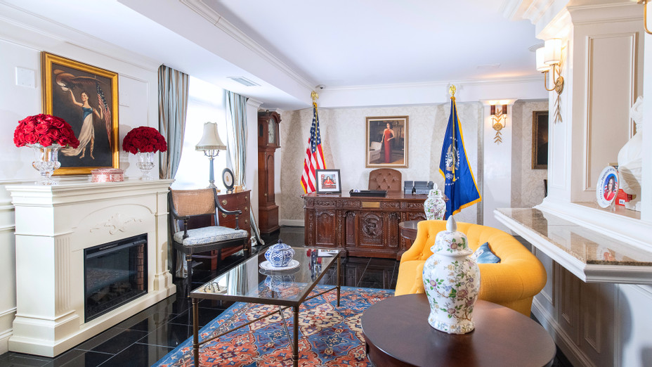 Hamilton Hotel 'Veep' Oval Office in DC - H Publicity 2019