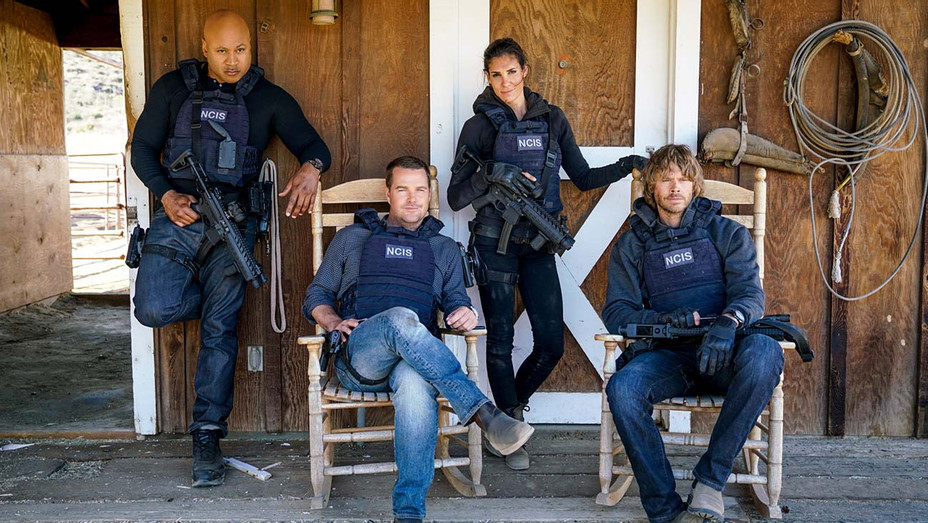NCIS LA photo - Venganza -Behind the Scenes- CBS Publicity- H 2019