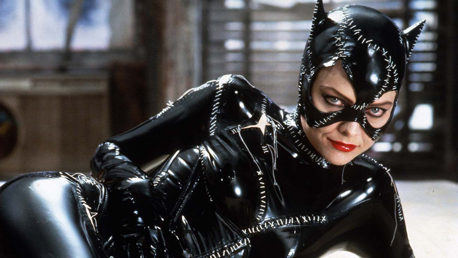 Michelle Pfeiffer Catwoman - Photofest - H 2019