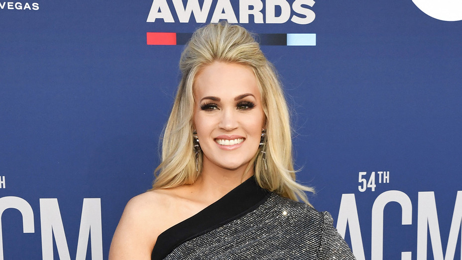 Carrie Underwood - ACM Awards - H Getty 2019