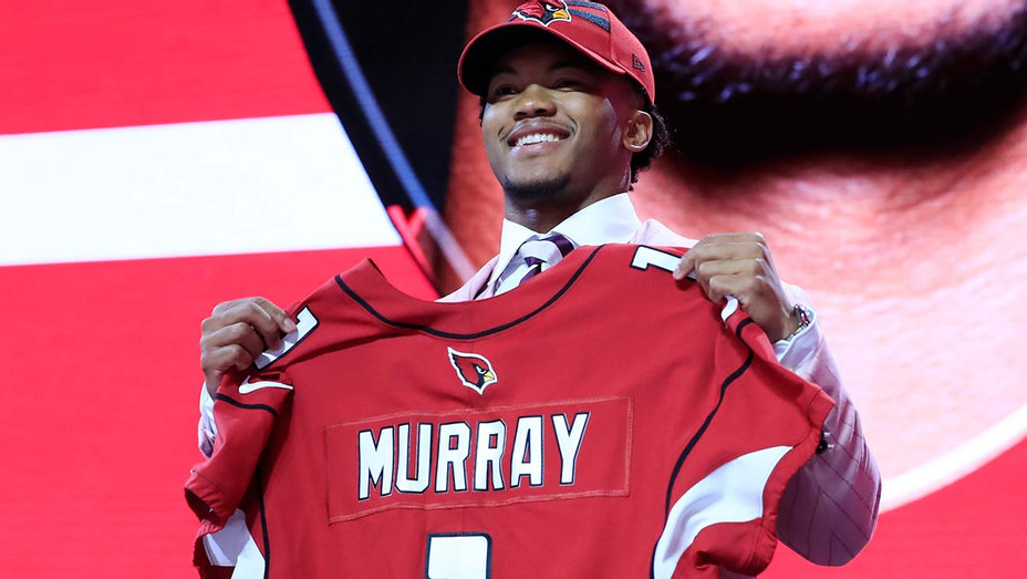Kyler Murray Oklahoma reacts after he was picked #1  - Getty-H 2019