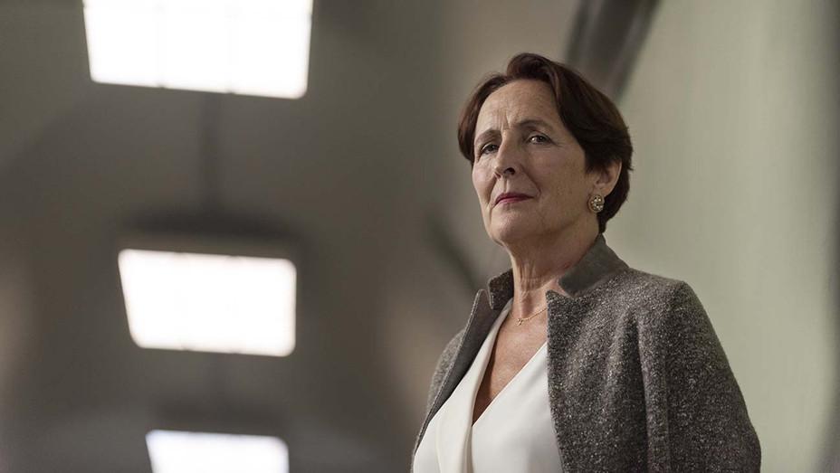 Killing Eve S02E02 Still Fiona Shaw - Publicity - H 2019