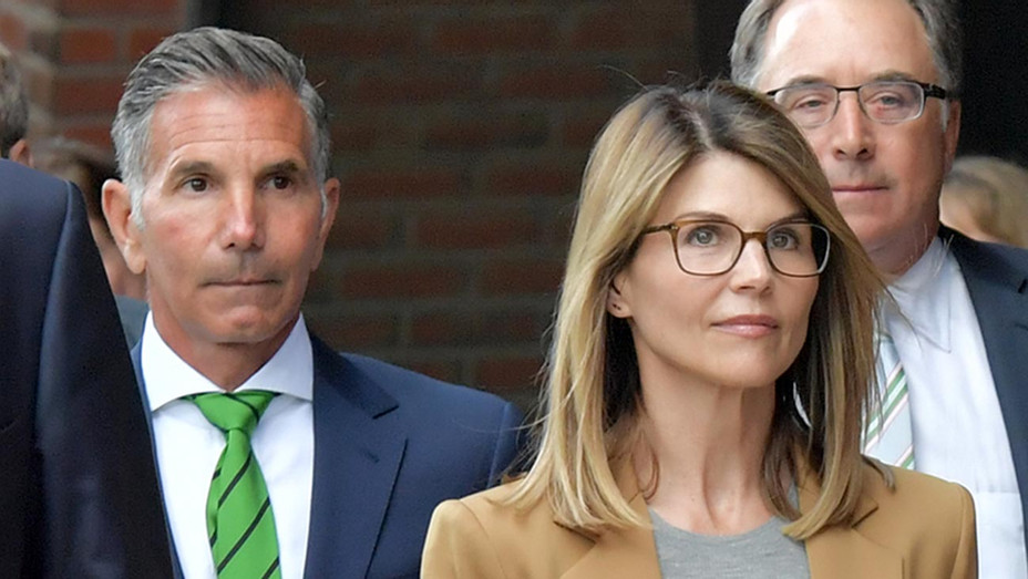 Lori Loughlin-Mossimo Giannulli-Getty-H 2019