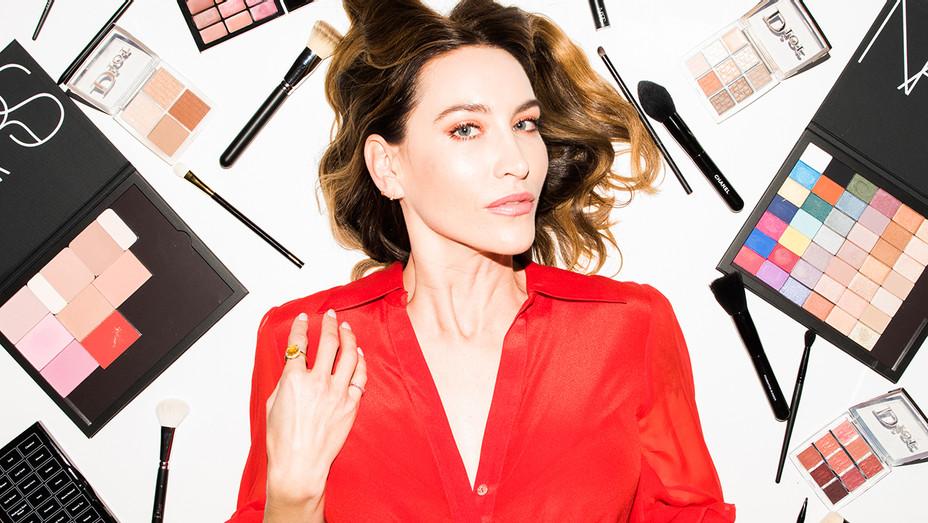 Celebrity makeup artist Nikki DeRoest Headshot - Publicity - H 2019