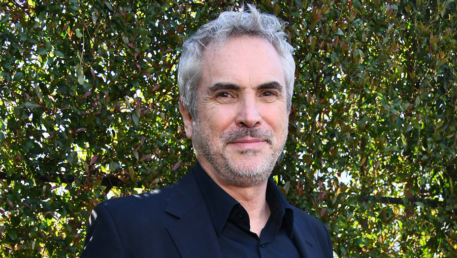 Alfonso Cuarón at the 2019 Film Independent Spirit Awards - Getty-H 2019