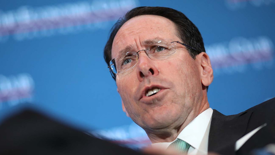 Randall Stephenson - Economic Club Lunch- Getty-H 2019