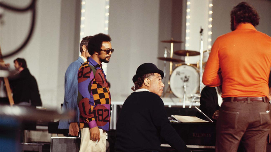 ONE TIME USE ONLY - Quincy Jones and Duke Ellington on set of We Love You Madly - Getty -H 2019