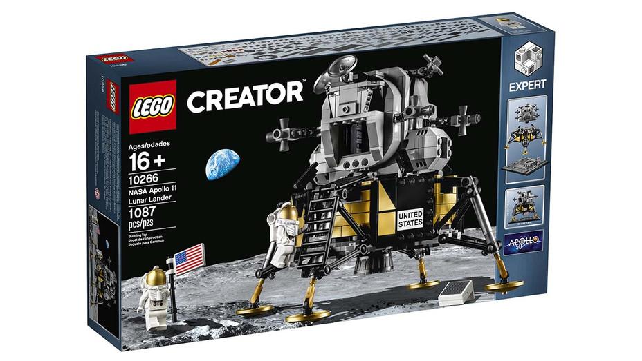 Lego Lunar landing - Publicity - H 2019
