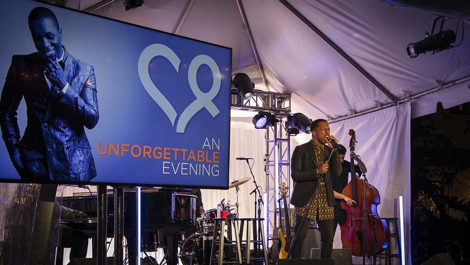Leslie Odom Jr. Performing at Alzheimer's Los Angeles' Unforgettable Evening - Publicity - H 2019