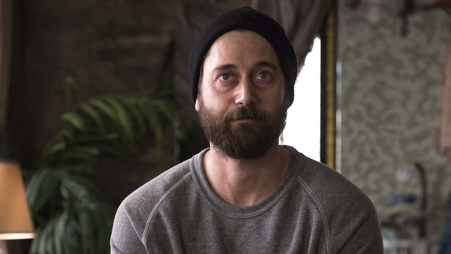 NEW AMSTERDAM - Luna Episode 122 - Ryan Eggold - H 2019