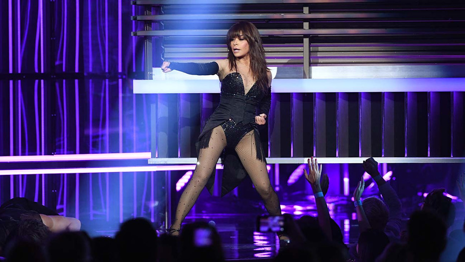 Paula Abdul_BBMAs - Getty - H 2019
