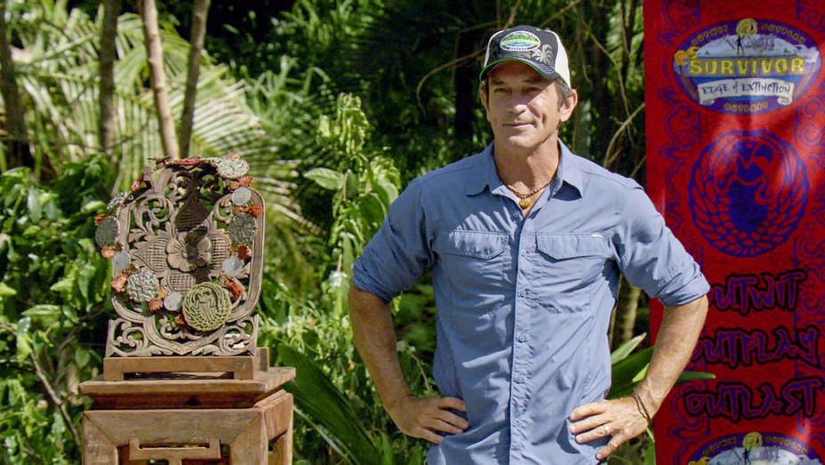 SURVIVOR- Edge of Extinction S38E14 Still 2 - Publicity - H 2019