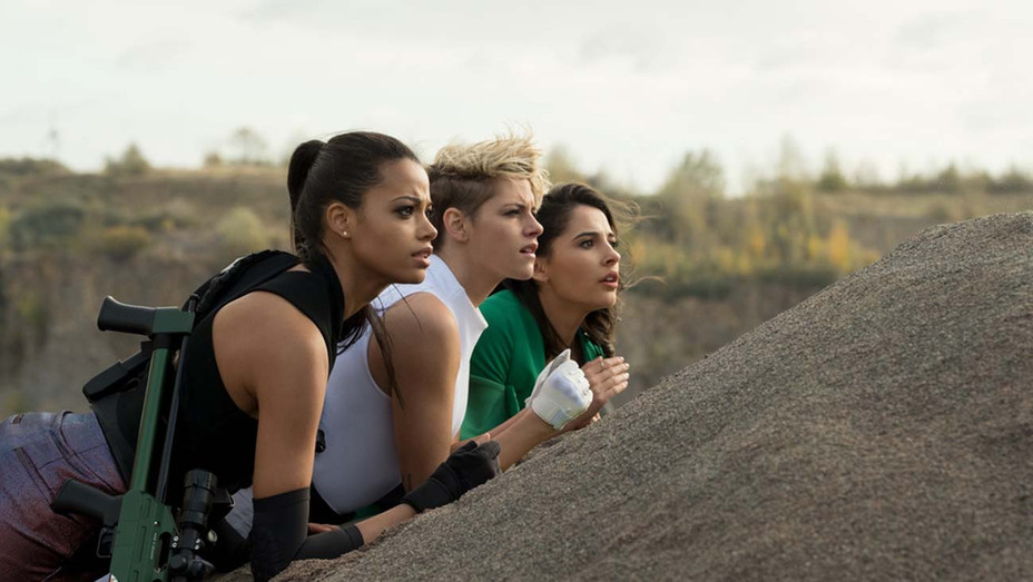 CHARLIE'S ANGELS Still 1 - SONY PICTURES ENTERTAINMENT Publicity -H 2019