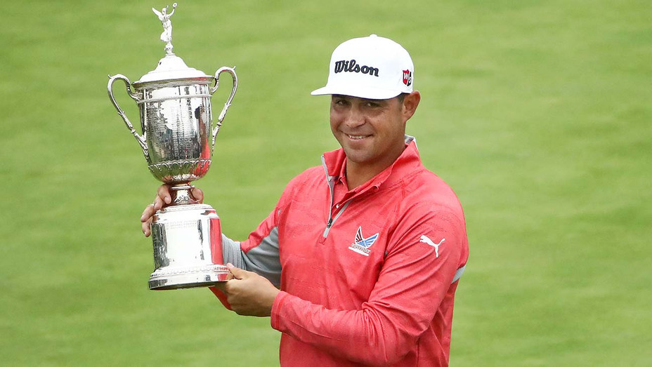 Gary Woodland of the United States poses with the trophy after winning the 2019 U.S. Open - Getty-H 2019