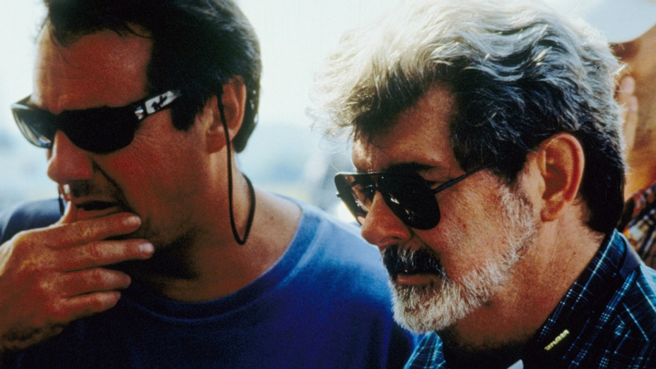 Rick McCallum and George Lucas in 1999 - H - 1999