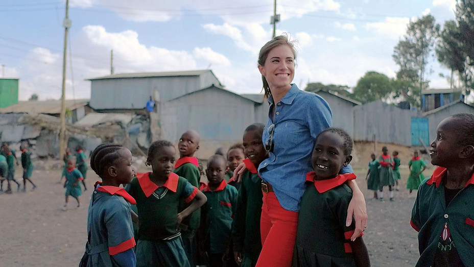 Allison Williams_CAA Philanthropy_SPLASH - Publicity - H 2019
