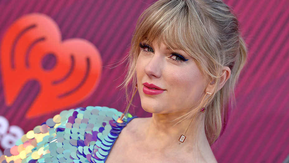 Taylor Swift iHeartRadio Music Awards - Getty - H 2019