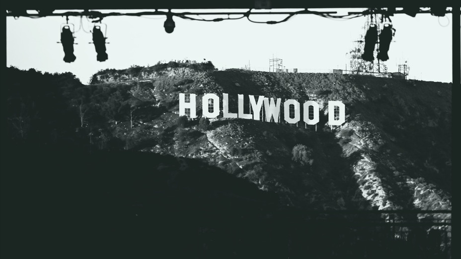Hollywood Sign Black and White - H - 2019