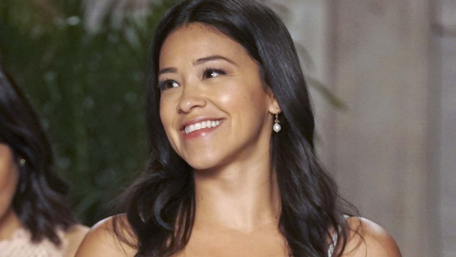 Jane The Virgin - Chapter One Hundred - Gina Rodriguez - Publicity- H 2019