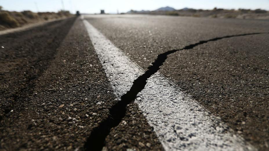Ridgecrest Earthquake - Getty - H 2019