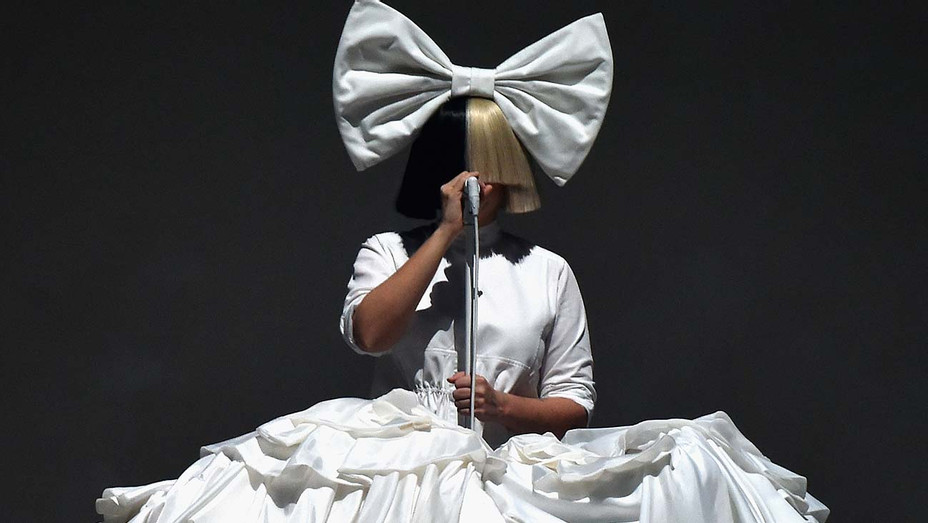 Sia performing — Getty — H 2019