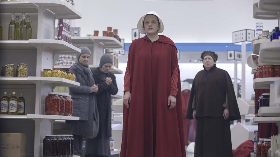 The Handmaid's Tale S03E08 Still 2 - Publicity - H 2019