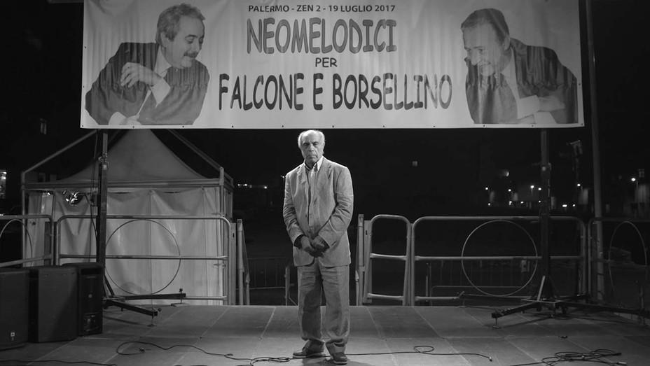 LA MAFIA NON E PIU QUELLA DI UNA VOLTA  Still 1 - Venice Film Festival - H 2019
