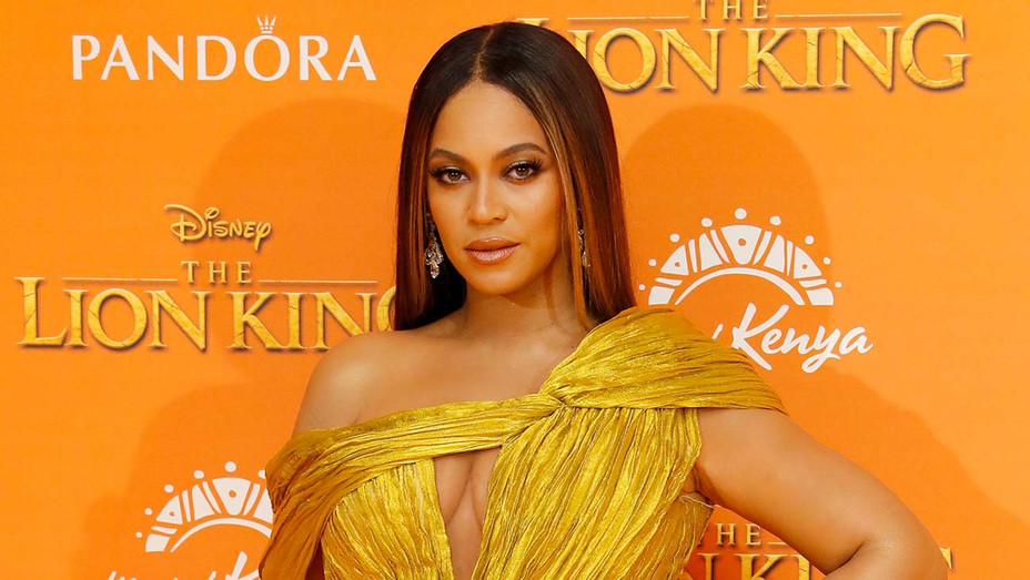 Beyonce-The Lion King Premiere in London-Getty-H 2019